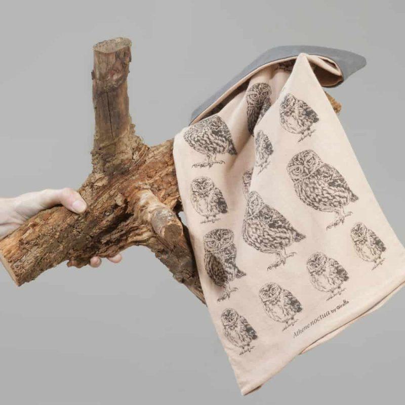Little-Owl-neckwarmer-Brinzal-Giraffa-3